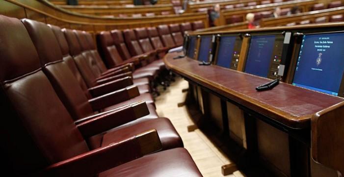 Los expertos creen que España no digiere aún un pacto PP-PSOE