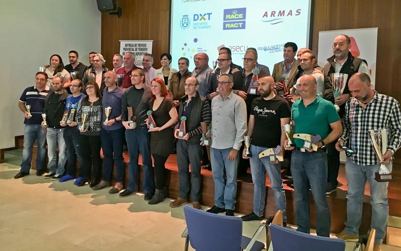 automovilismo entrega trofeos clasicos 2015