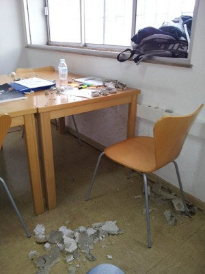 Los últimos temporales de lluvia y viento dañaron las ya maltrechas instalaciones de la universidad. | DA
