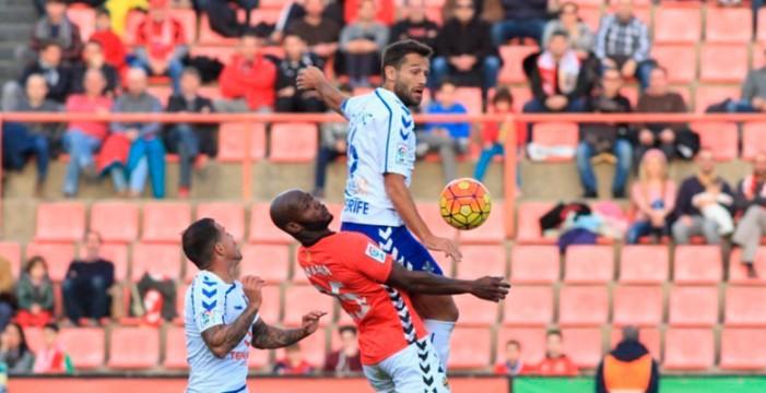 El CD Tenerife no se trae puntos de Tarragona (2-1)
