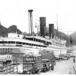 Crucero Steuben, en el muelle de Santa Cruz.