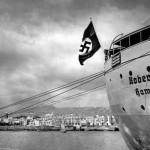 El crucero Robert Ley, con bandera nazi, visitó varias veces la Isla.