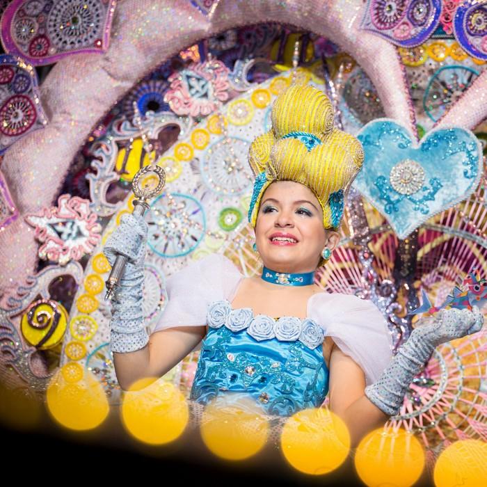 Tania Martín fue elegida, ayer, reina infantil del Carnaval de Santa Cruz