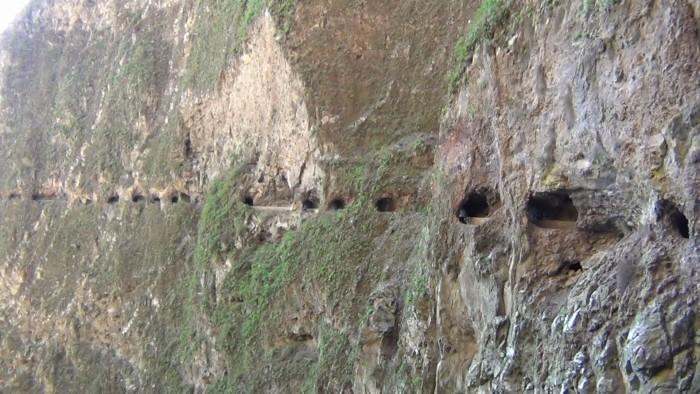 El canal de las mil ventanas alcanza los 1.000 metros de altura / DA
