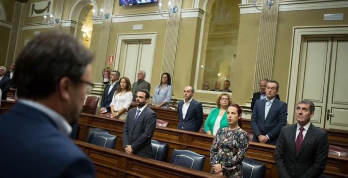 """El PP insta a PSOE y CC a un pacto isleño frente al """"chantaje"""" catalán"""