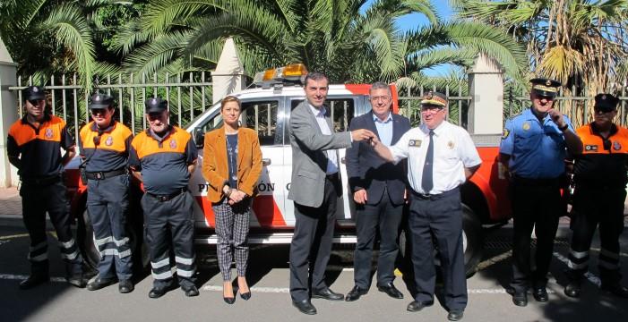 El Ayuntamiento amplía la dotación del parque móvil de Protección Civil