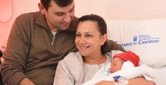 Aníbal llega después de lo previsto para ser el primer bebé de 2016