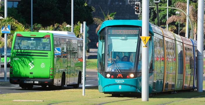 El Cabildo plantea medidas para el uso restrictivo del vehículo privado