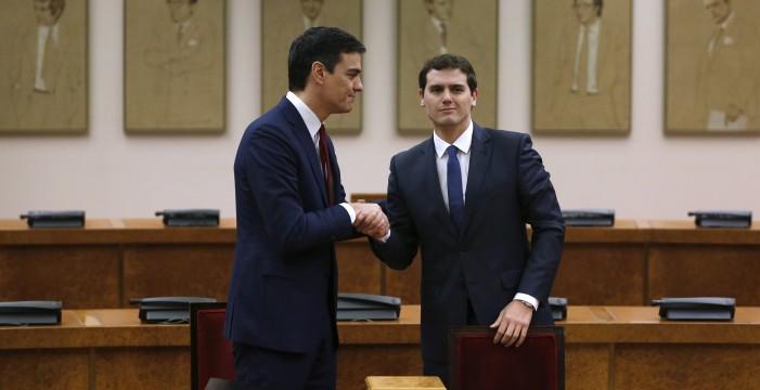 El PSOE y Ciudadanos acuerdan extender la hora de Canarias a toda España