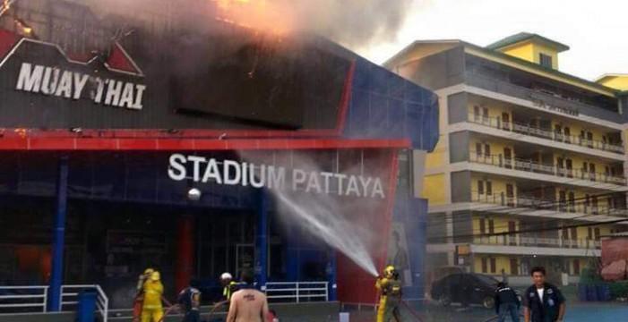 El estadio de Pattaya se incendia dos días antes de que el tinerfeño Jonay Risco compita