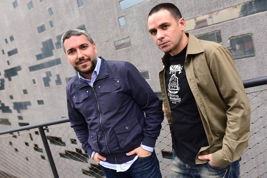 Alejandro Santos, de la Sociedad de Desarrollo, y Luis Guirado, de la Fundación General de la ULL, son dos de los organizadores. / SERGIO MÉNDEZ