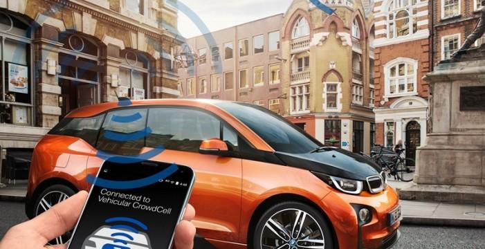 BMW presenta la tecnología 'Vehicular CrowdCell' en el Mobile World Congress 2016 en Barcelona