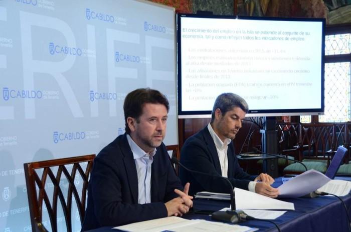 Carlos Alonso y Alberto Bernabé, ayer en la rueda de prensa.   DA