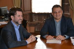 El presidente del Cabildo (i) y el alcalde de La Laguna, ayer. / DA