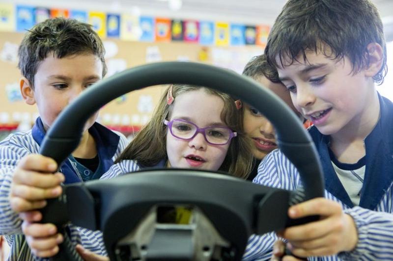 Escolares SEAT seguridad vial