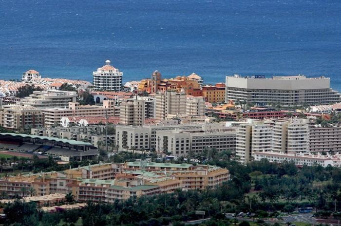 Casi la totalidad de los establecimientos afectados se encuentran en las zonas turísticas del sur de la isla de Tenerife. / DA