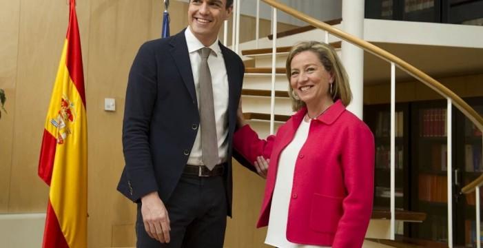 Oramas advierte a Sánchez de que no le apoyará si pacta con Podemos