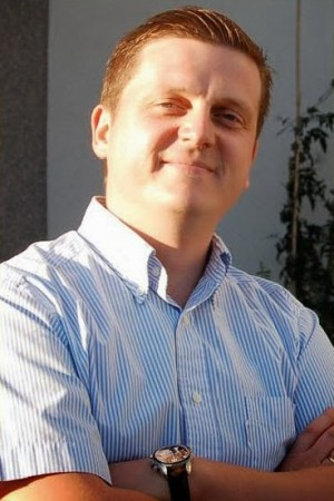 Miguel del Pino, cabeza de lista de UPyD al Congreso por Santa Cruz de Tenerife en las elecciones del 20 de diciembre. / DA
