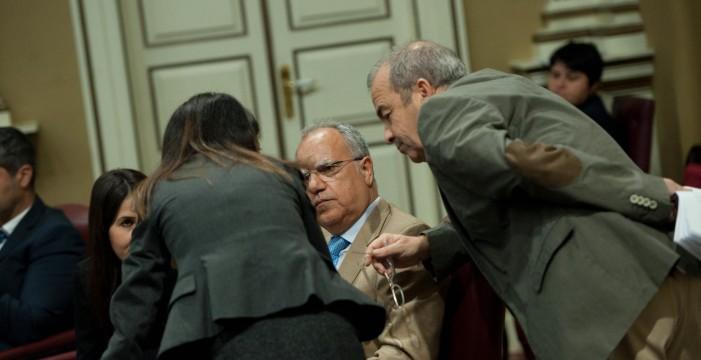 El Parlamento canario se abre a la reforma del sistema electoral con la abstención de la ASG