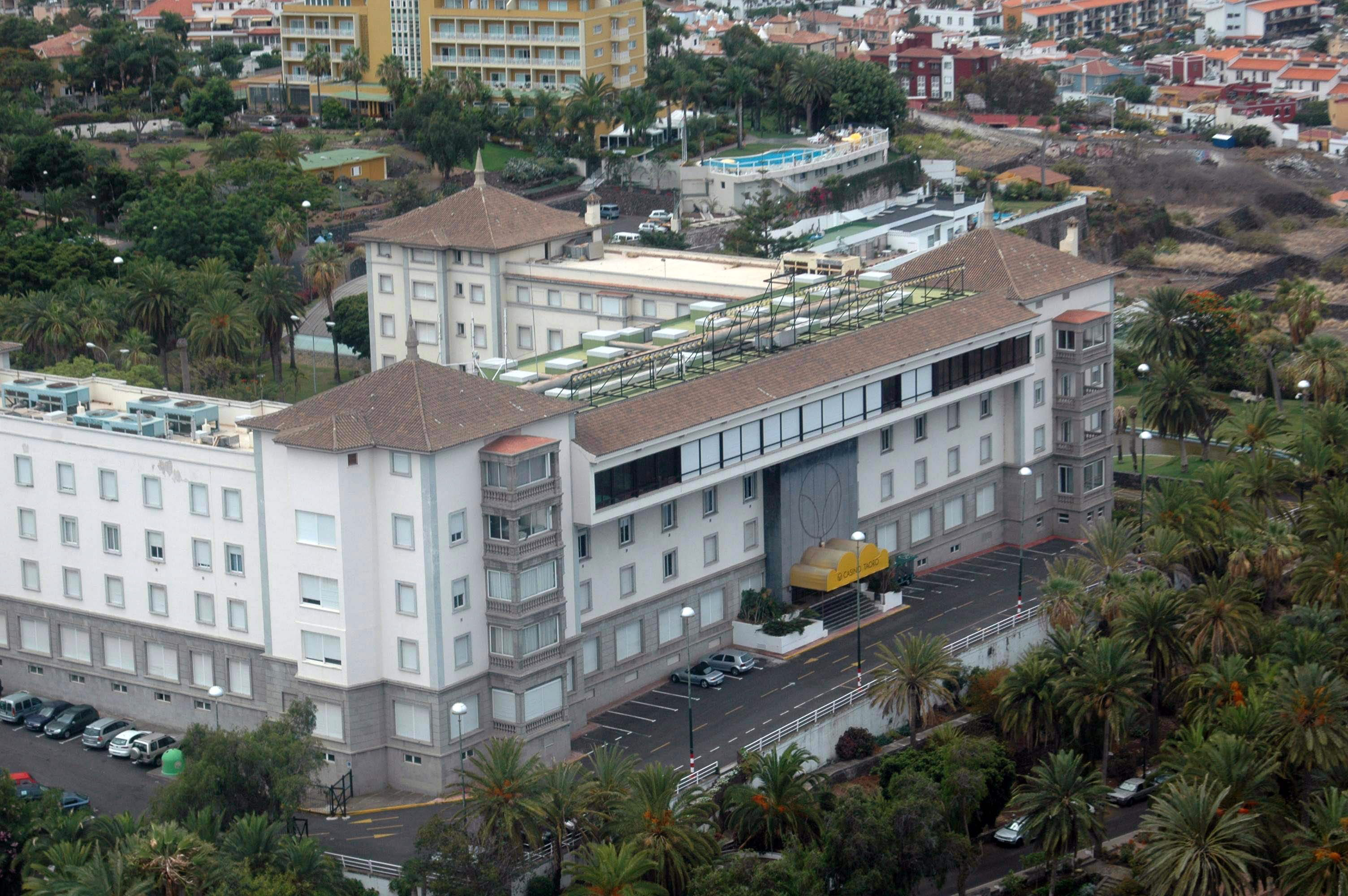 Un Grupo De Vecinos Quiere Salvar El Hotel Taoro A