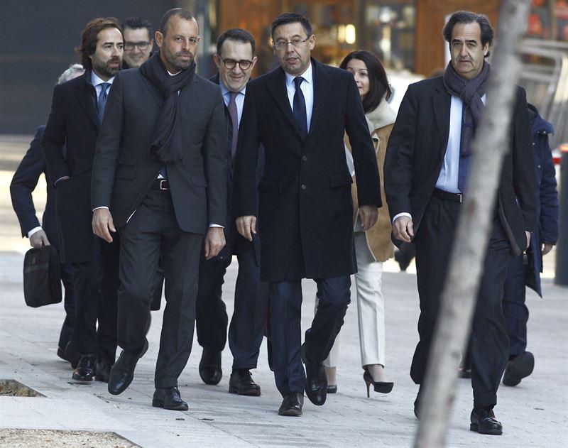 El presidente y expresidente del FC Barcelona en la Audiencia Nacional