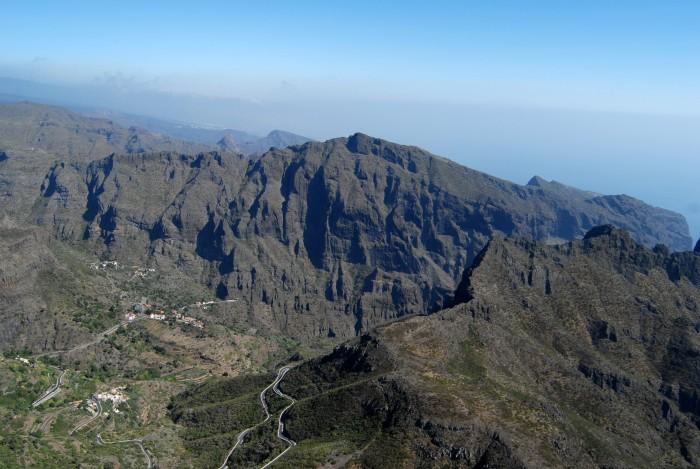 Vista áerea del parque rural de Teno, en Tenerife. / DA