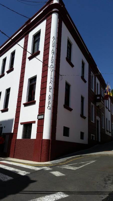 Fachada del Ayuntamiento de Arafo / DA