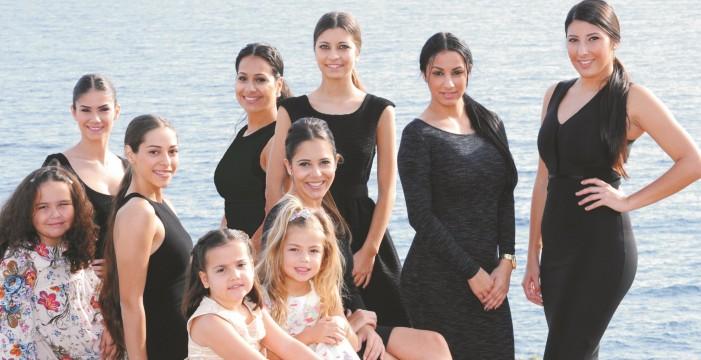 Presentación de las candidatas a reinas del Carnaval de Candelaria