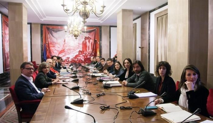 Los 23 negociadores del bloque de izquierda. / EP