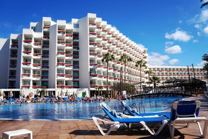 La fachada del hotel será cambiada acogiéndose al plan de modernización y mejora de Costa Adeje. / DA
