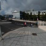 Se quejan de la fuerte pendiente en la salida del Intercambiador hacia la avenida Trinidad y el firme desnivelado. / F. P.