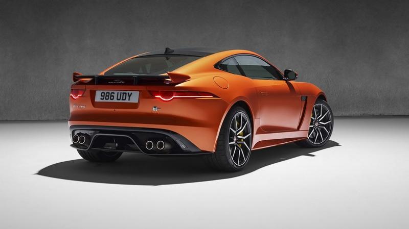 nuevo Jaguar F-TYPE SVR 3