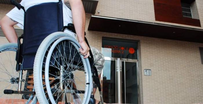 25.000 canarios esperan 480 días el reconocimiento de su discapacidad