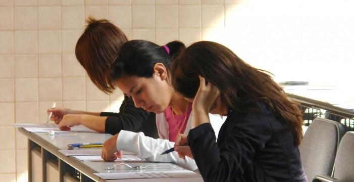 El 25% de los universitarios isleños no llega a finalizar el segundo curso