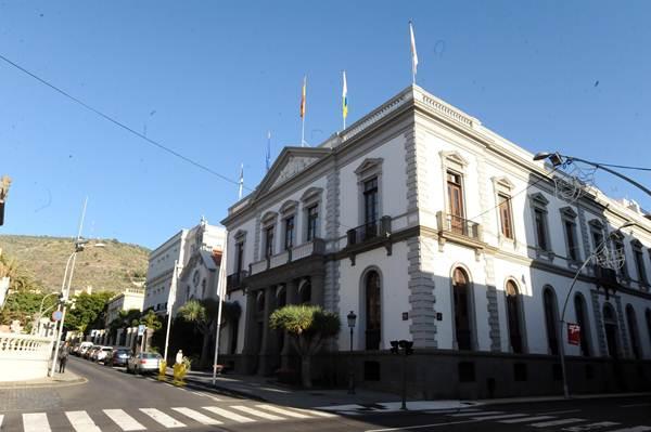 Imagen de archivo de la sede principal del Ayuntamiento de Santa Cruz de Tenerife. / da