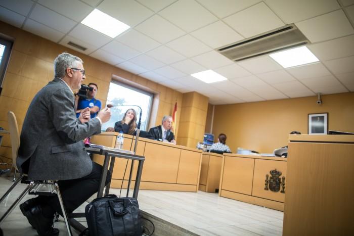 El profesor Jorge Duatis expuso ayer su pericial. / ANDRÉS GUTIÉRREZ