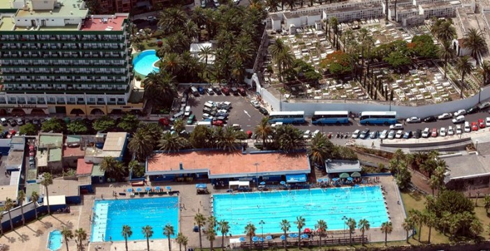 La piscina de Los Salesianos, una alternativa al cierre de Martiánez
