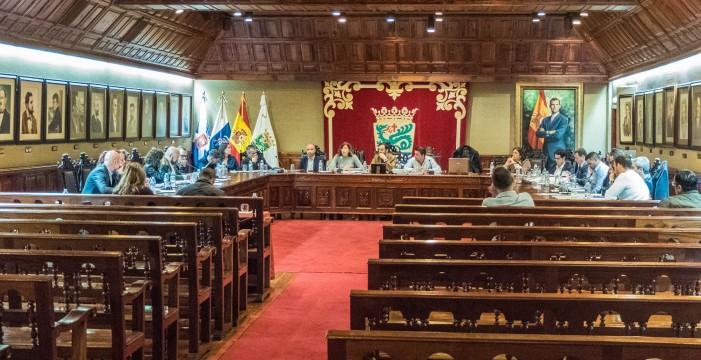 PP-CC aprueba la cuenta de 2016 que el PSOE cuestiona por
