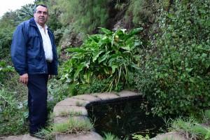 El presidente de la asociación vecinal, Francisco Javier González. / S. M.