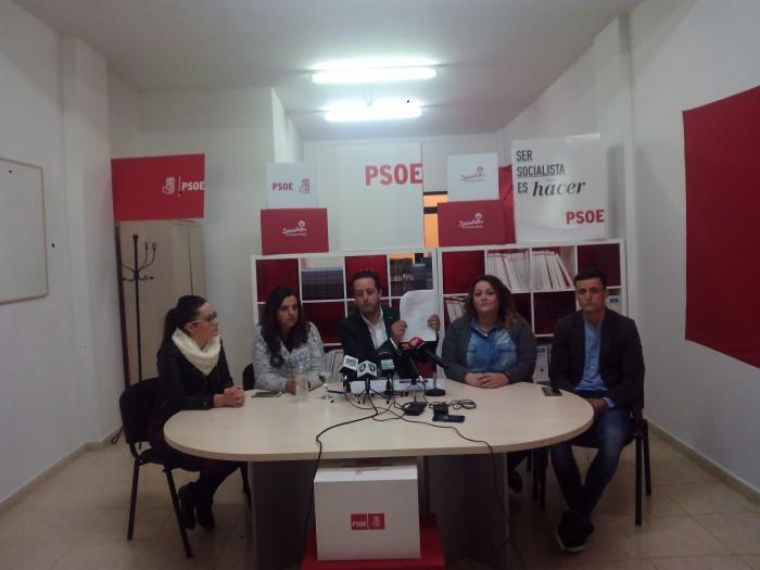 Juan Antonio García Abreu hizo público ayer el documento del pacto PP-PSOE para este mandato. /DA