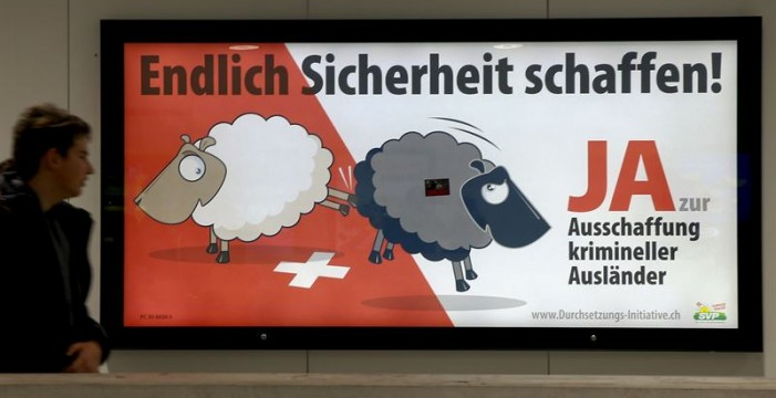 Suiza rechaza en referéndum la propuesta para expulsar a extranjeros por delitos menores