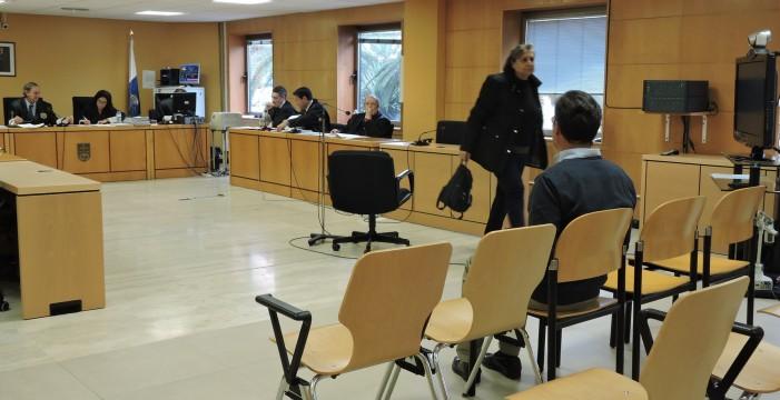 La carga testifical se vira contra el único acusado que sigue en juicio