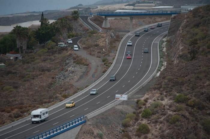 El tramo sur del anillo insular se abrió al tráfico de forma completa en el mes de diciembre. | F. PALLERO