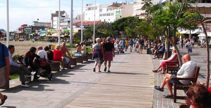La Isla ingresa 11 millones de euros cada día por el turismo