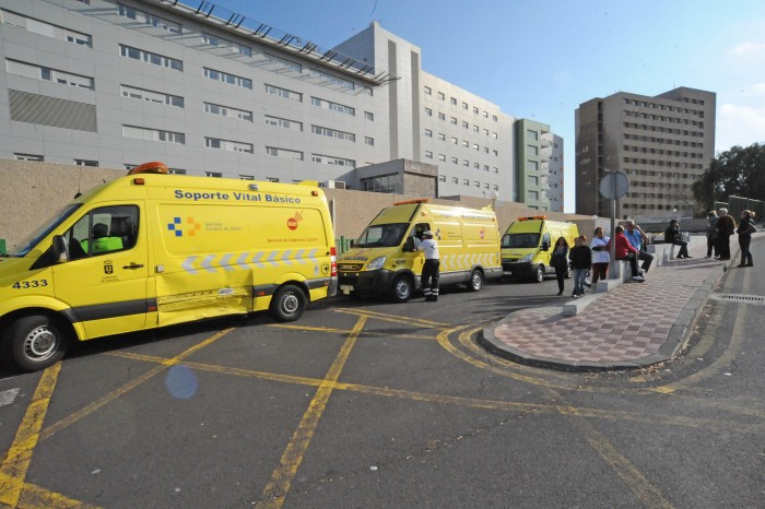 El Hospital de la Candelaria ha registrado un notable aumento de casos de gripe las últimas semanas. / DA