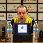 El técnico vasco, durante la rueda de prensa ofrecida en el Santiago Martín| CBC