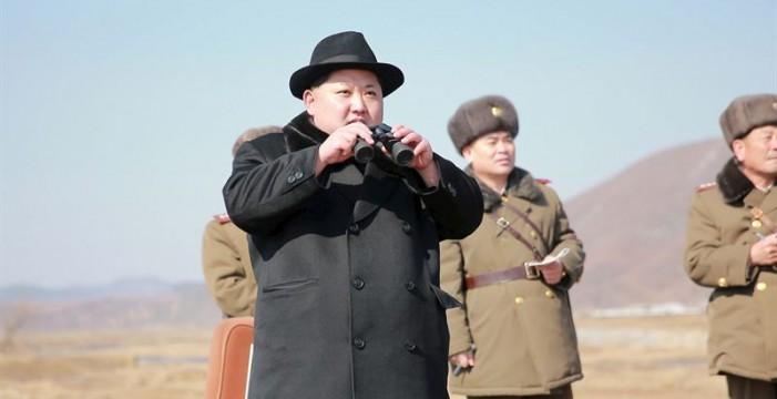 """Kim ordena a las FFAA estar preparadas para usar armas nucleares """"en cualquier momento"""""""