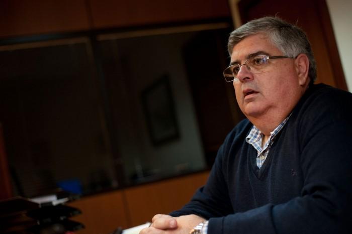 Imagen de archivo del decano Miguel Rodríguez. / FRAN PALLERO