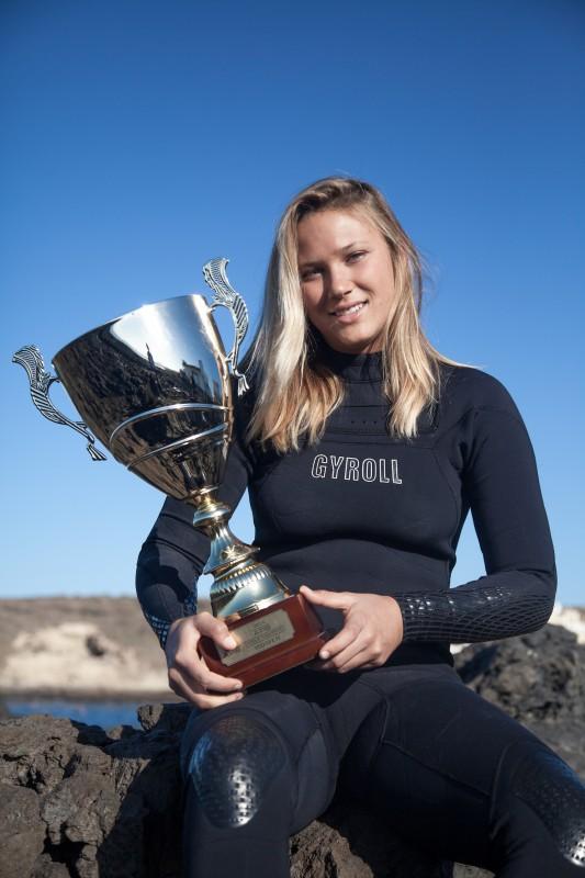 Rinder es doble campeona del mundo de bodyboard / DA